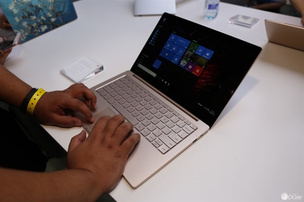 Xiaomi-Notebook-Real-Images-2