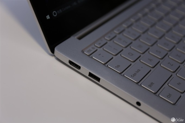 Xiaomi-Notebook-Real-Images-3