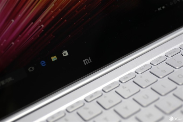 Xiaomi-Notebook-Real-Images-5