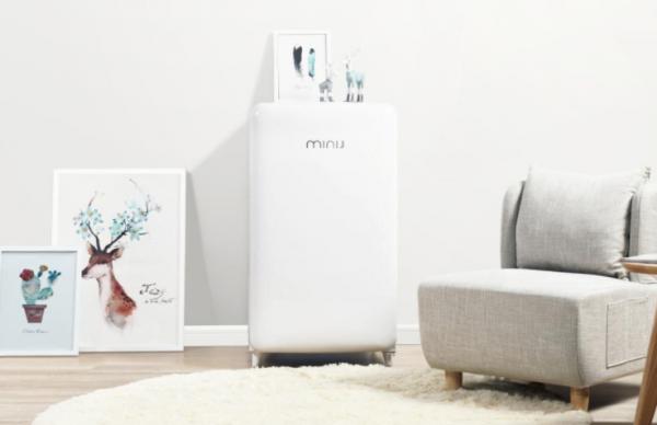 Mini-J-Refrigerator-6